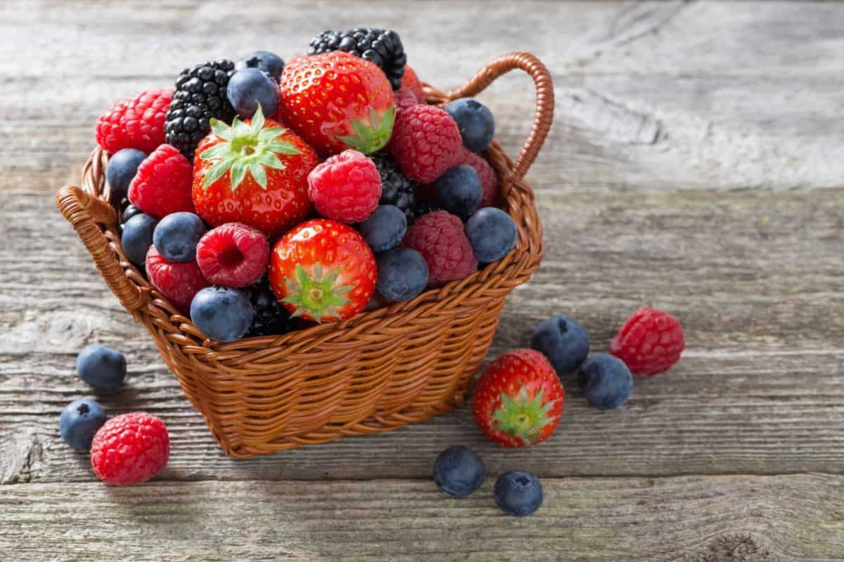national berries month, berries month, more berries, benefits of berries, health benefits of berries