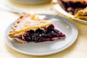 Enjoy This Scrumptious Blueberry Pie!