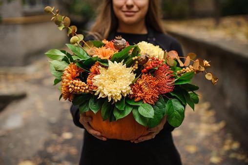 pumpkin flower pot, pumpkin decorations, pumpkin recycling