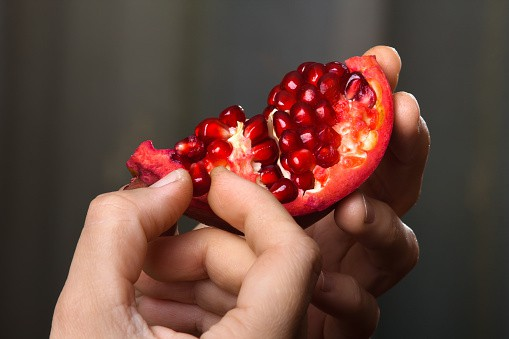 pomegranate recipes, pomegranate health benefits, pomegranate history