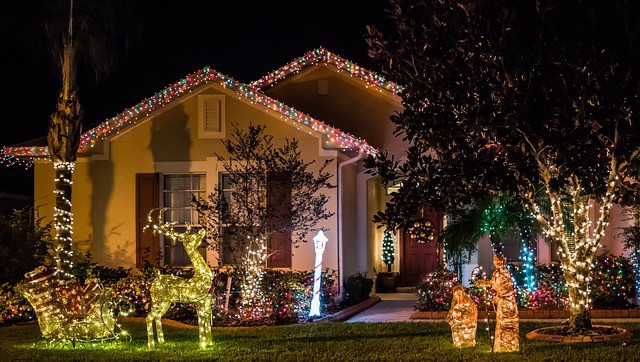 Christmas Decoration Contest