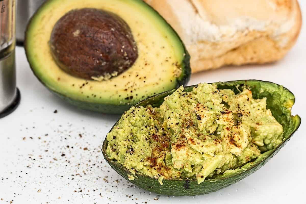 Quick & Easy Avocado Dip - Mindful Living Network
